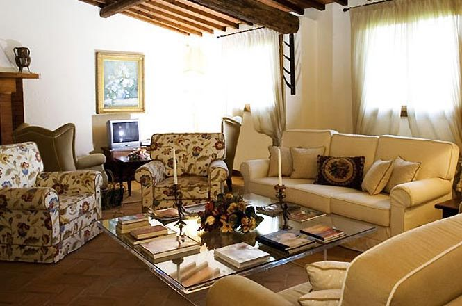 Tuscany Rural Cozy House