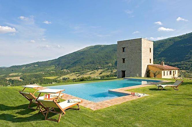 Luxury Pool Perugia Tower