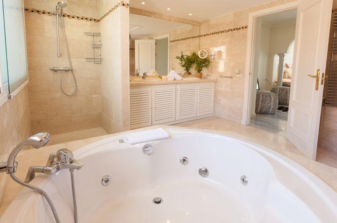Marbella Pool Penthouse