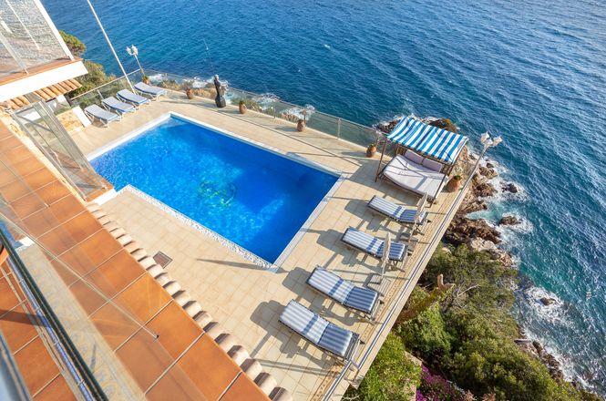 Canyelles Sea Villa