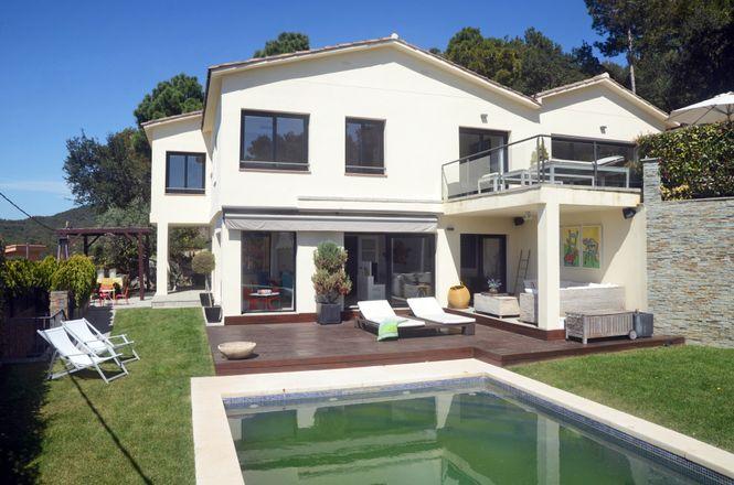 Costa Brava Seaside Villa