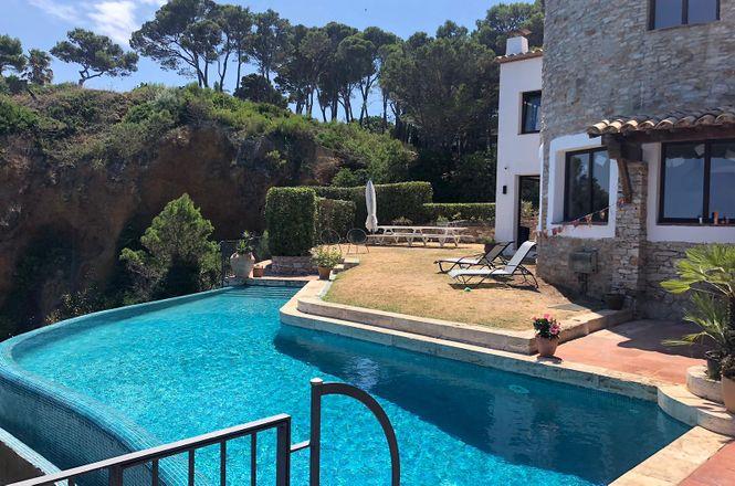 Begur Exclusive Beach Villa
