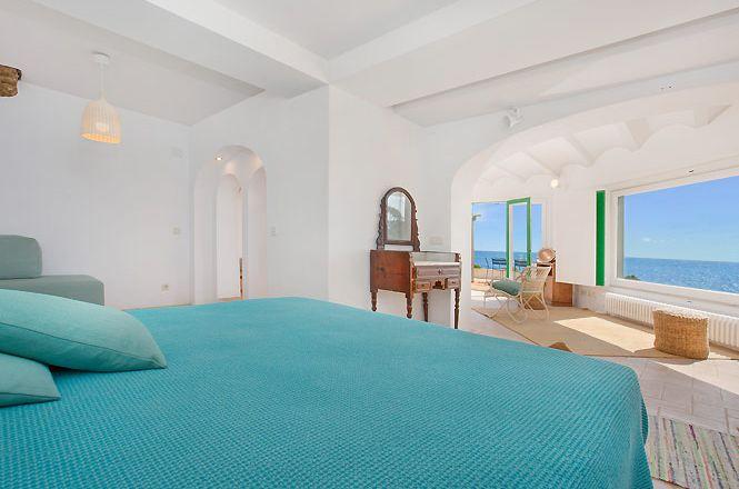 Beachfront House Llafranc