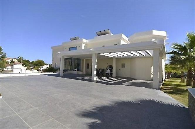 Private Villa Fustera Beach