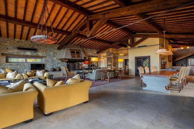 Siena Retreat Chic House