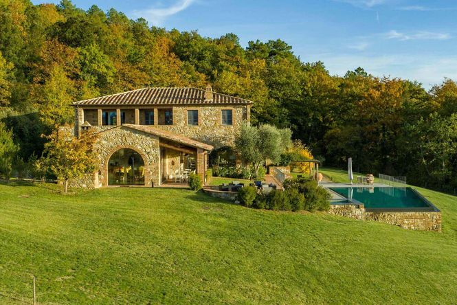 Siena Retreat Luxury House