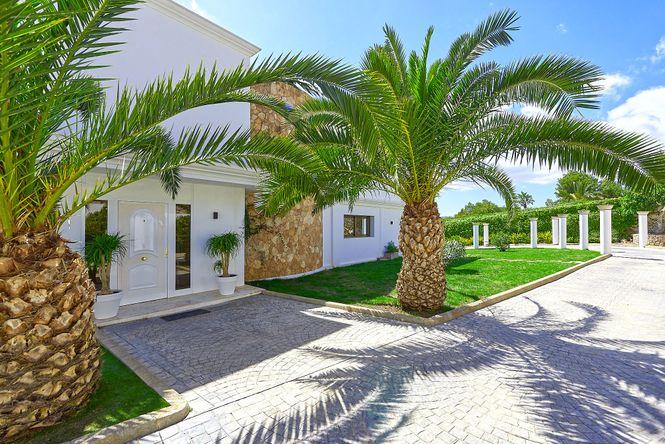 Cap Martinet Luxury Villa