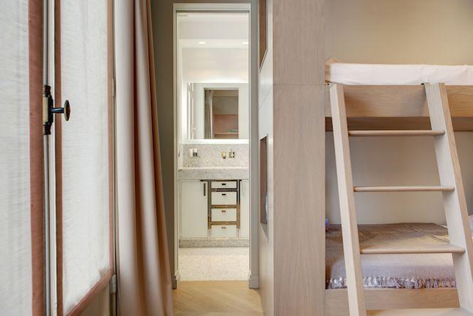 Bourgeois Luxury Apartment