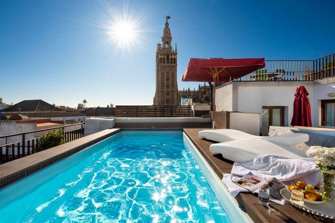 Seville Pool Apartment