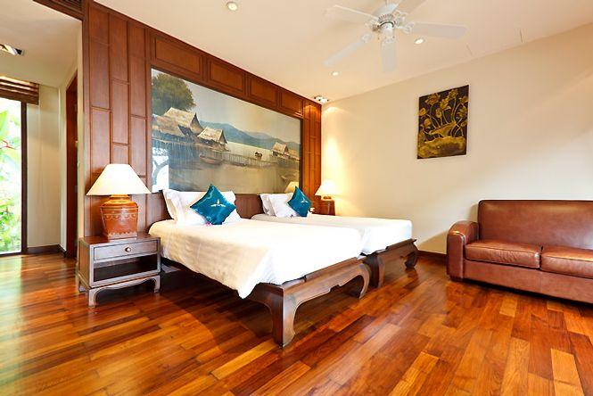 Beachfront Thai Splendid Villa