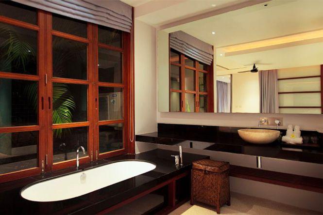 Luxury Design Turquoise Villa