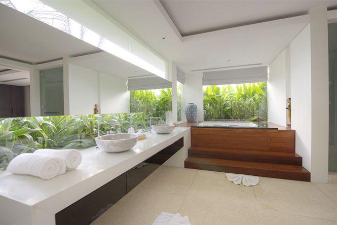 Luxury Design Emerald Villa