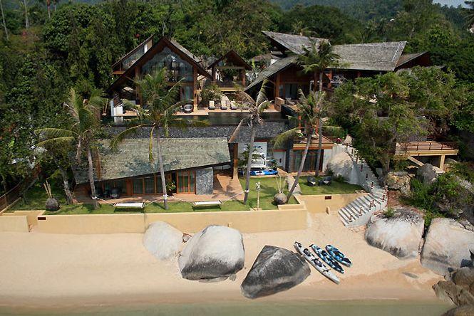 Chic Seafront Asian Villa