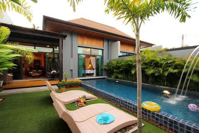Stylish Seaside Villa