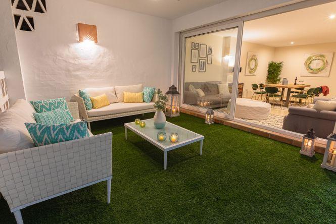 Golden Mile Luxury Penthouse