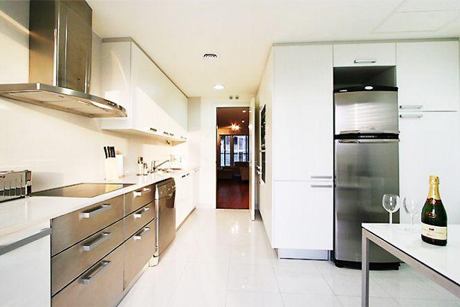 Luxury Diagonal Mar Apartment