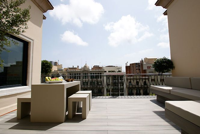 Art Deco Diagonal Penthouse