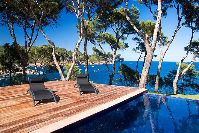 Tamariu Pool House